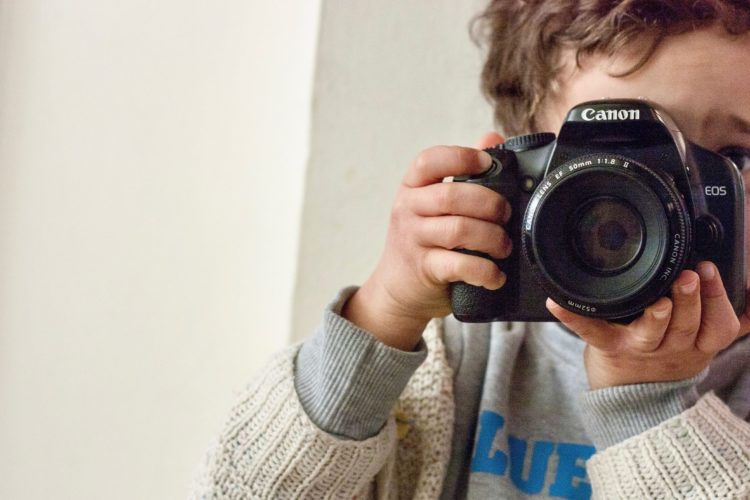 https://learningjournals.co.uk/wp-content/uploads/2019/06/Boy-With-Camera-e1559825994316.jpg